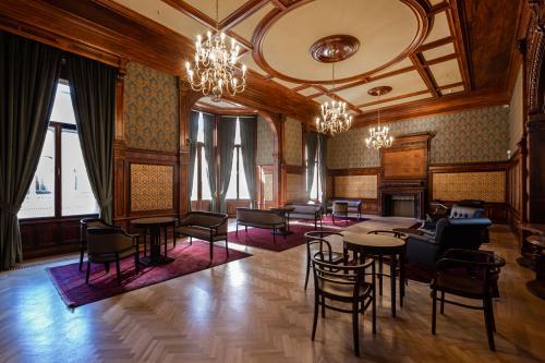 KÁROLYI-CSEKONICS PALACE I 2020_1