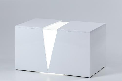 illuminated white bench_5